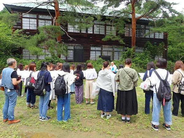 御山里小学校1.jpg